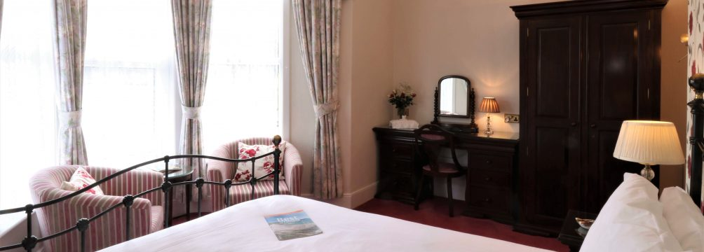 """A Superior Room at Dolvean House B&B Falmouth"""